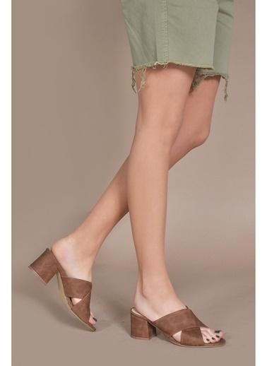 Vizon Ayakkabı Terlik Taba